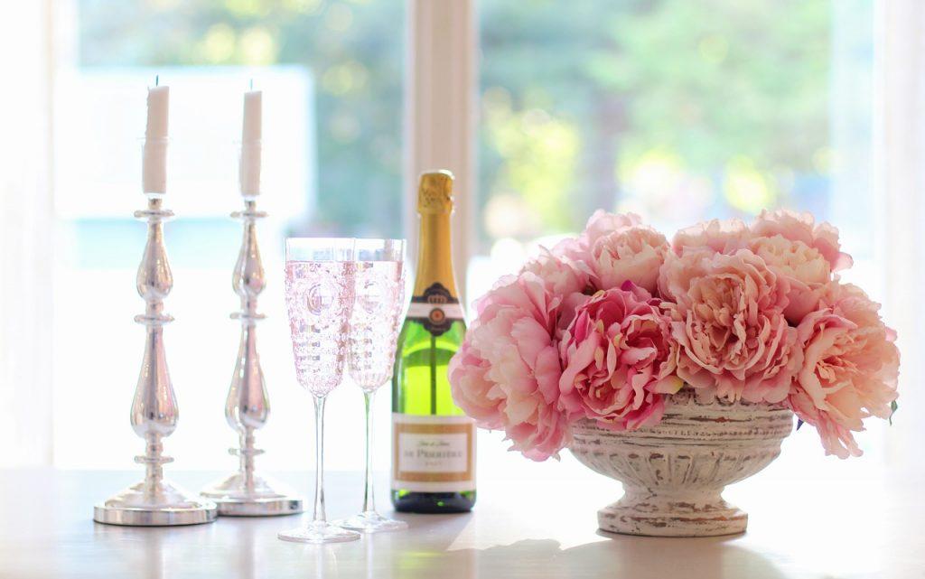 champagne-cheers-kir-royale