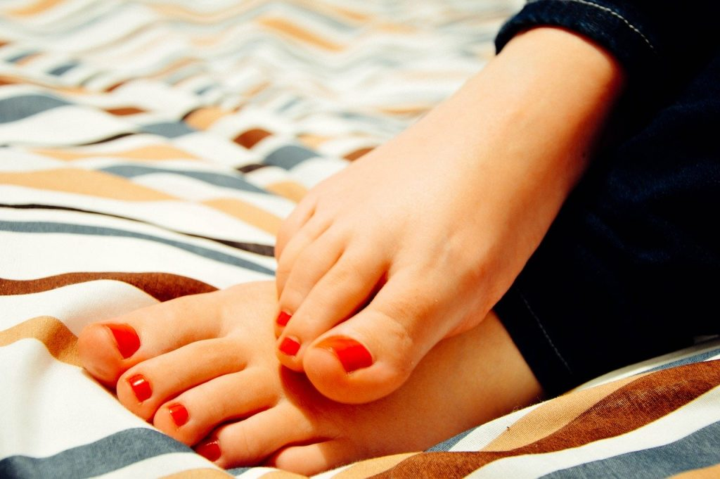 foot-care-how-to-do-your-own-pedicure-at-home