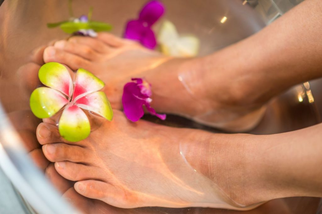 how-to-do-your-own-pedicure-and-manicure-at-home
