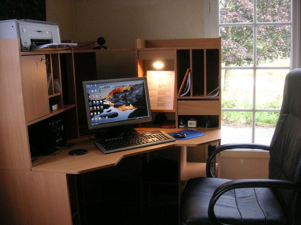 how-to-work-from-home-with-kids-work-space