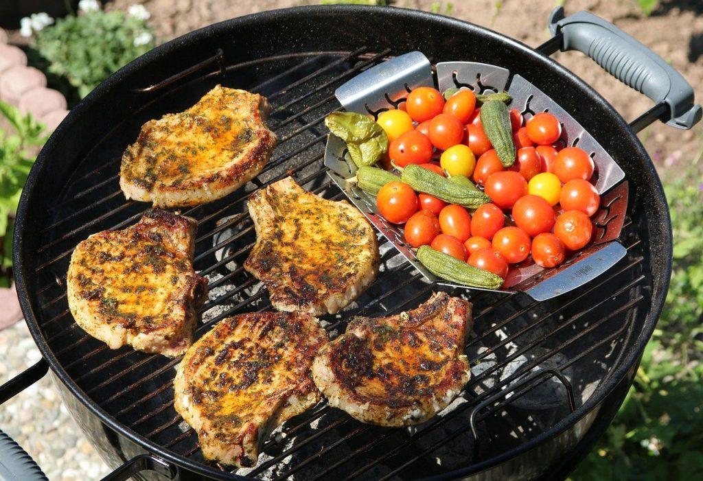 summer-barbecue-pork-chops