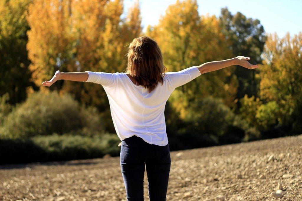 happiness-let-it-go-breathe